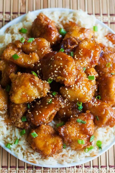 Sesame Chinese Chicken with Rice Food + Chef Magazine is a digital only magazine that will be published monthly.  We will feature great articles and videos on food, chefs,restaurants, travel and tools.: Boneless Chicken, Red Peppers, Chicken Recipes, Brown Sugar, Sour Chicken, Green Peppers, Chinese Food, Baking Sweet, Chicken Breast