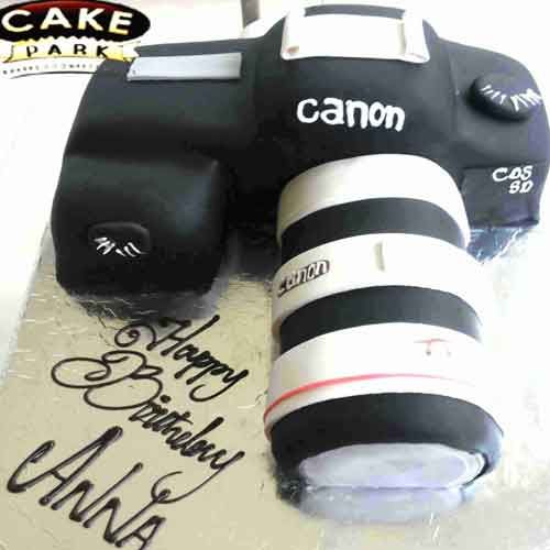 Juicy ‪#Camera‬ cream cake for the theme cake lovers. ‪#Birthdaycakes‬ ‪#Photocakes‬ ‪#Themecakes‬  For more: http://www.cakepark.net/theme-cakes.html  Call us: +91-44-4553 5532
