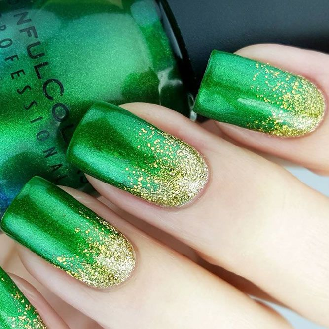 Super Fun St Patricks Day Nail Art Ideas ★ See more: http://glaminati.com/fun-st-patricks-day-nail-art-ideas/