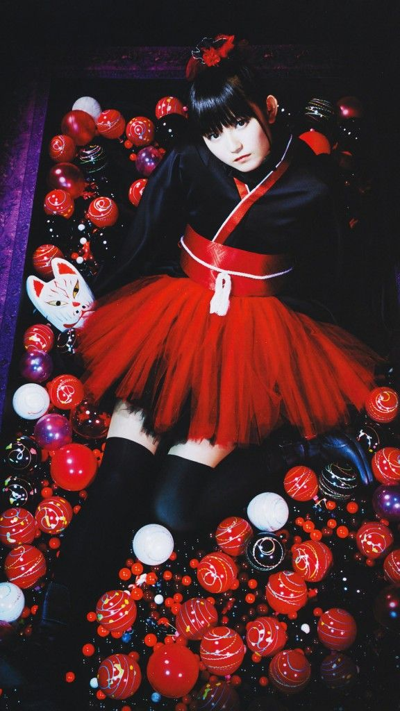 SU-METAL/BABYMETAL iPhone Wallpaper iPhone壁紙