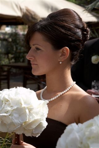 Hepburn pearl necklace and earrings - simple classic pearl wedding jewellery from Lou Lou Belle Designs http://www.louloubelle.co.uk/necklaces_bridal.html#