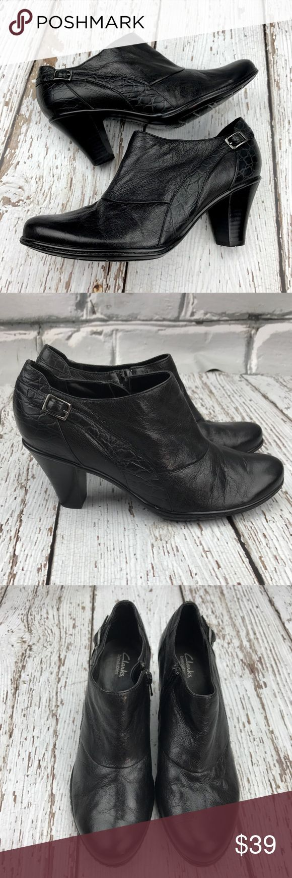💕SALE💕Clark's Black Bendables Leather Ankle Boot Fabulous 💕SALE💕Clark's Black Leather Bendables Ankle Boots never worn. Amazing Clarks Comfort for a fraction of the price Clarks Shoes Ankle Boots & Booties