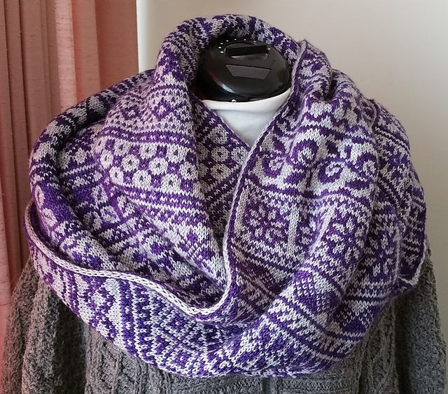 Ravelry: Nordic Border Cowl II pattern by Wendy D. Johnson