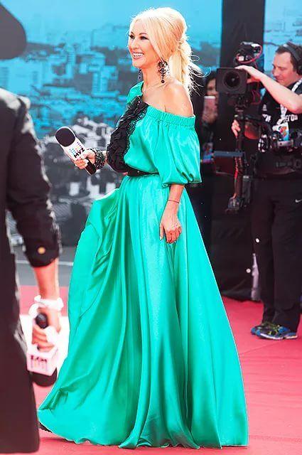 лера кудрявцева вечерние платья фото красивые дачные