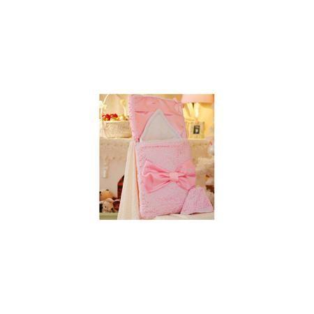 Арго Комплект на выписку 3 пред. АЖУР, Арго, розовый  — 2290р. - Момент выписки мамы с ребенком из роддома - один из самых трогательных. Сделать его более торжественным поможет красивый комплект для выписки. Он состоит из трех предметов: два одеяла и нарядная шапочка. Одно одеяло сшито из красивого атласа, на мягкой хлопчатобумажной подкладке. Оно декорировано ажурной органзой и декоративным бантом. Второе одеяло - из хлопкового трикотажа. Материалы подобраны специально для новорожденных…