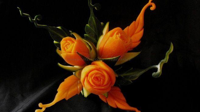 Sebze Oyma Dersleri - Havuçtan Gül Çiçek Buketi Yapımı - Sebze sanatı - teknikleri, örnekleri ve ipuçlarını videolu anlatımı. Havuçtan gül çiçek buketi yapımı