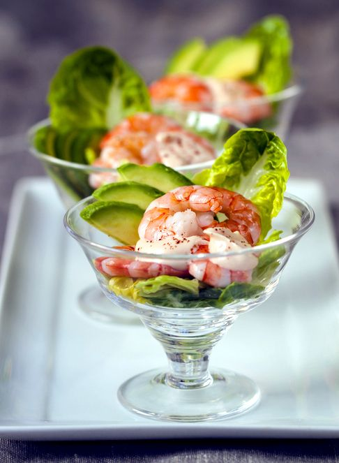 Serve these fresh and delicious prawn & #avocado cocktails as the perfect #Christmas starter! #Knorr #SouthAfrica #ChristmasInAfrica