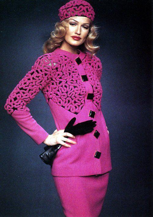 Karen mulder for valentino couture 92 unili fashion for O couture fashion