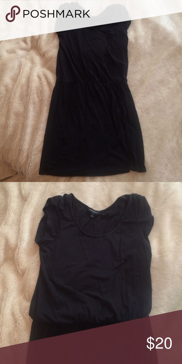 Cute cotton little black dress This little black dress is so cute & comfy with a great pair of flats or sandals! Banana Republic Dresses Mini