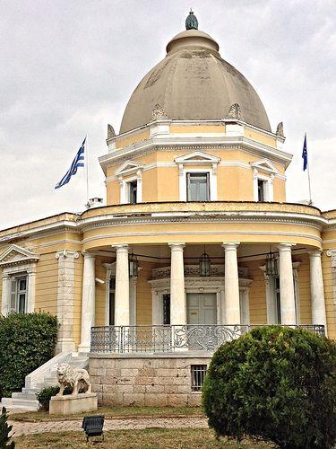 Έπαυλη Καζούλη, λεωφόρος Κηφισίας 241 & Γρηγορίου Λαμπράκη | by Dimitris Kamaras