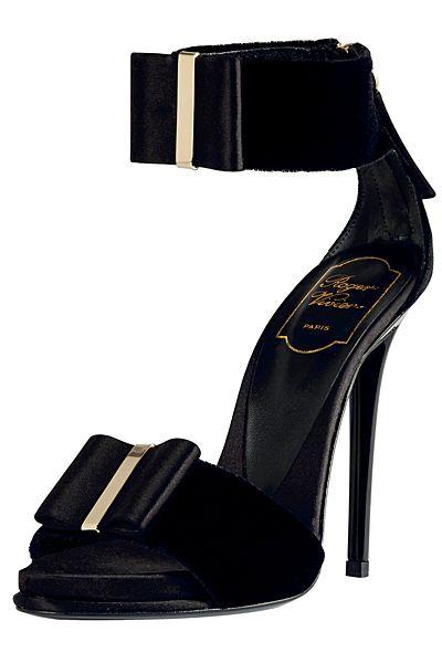 roger vivier: Bows Pumps, Fashion, Roger Vivier, Vivier Smoke, Black Shoes, Woman Shoes, Sandals, Heels, 2012 Fallwint