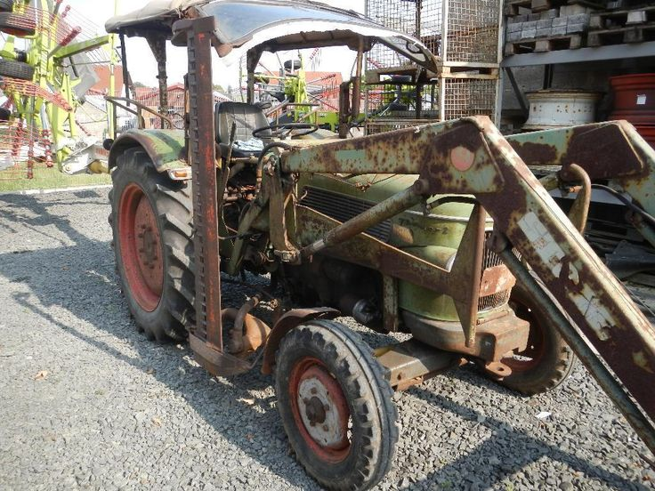 Fendt Traktor, 3-Zyl. MWM Motor, Frontlader Stoll, Schaufel und Gabel, Seitenmähbalken, fahrbereit,...,FENDT Farmer 2 in Hessen - Homberg
