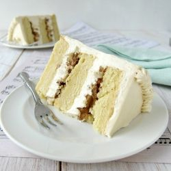 vanilla buttered-pecan cake with amarula frosting