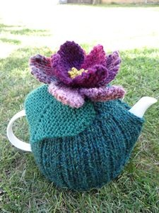 Lily pad tea cosy kit