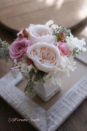 『【プリザ】お悔みのプチアレンジ』 http://ameblo.jp/flower-note/entry-11394208960.html