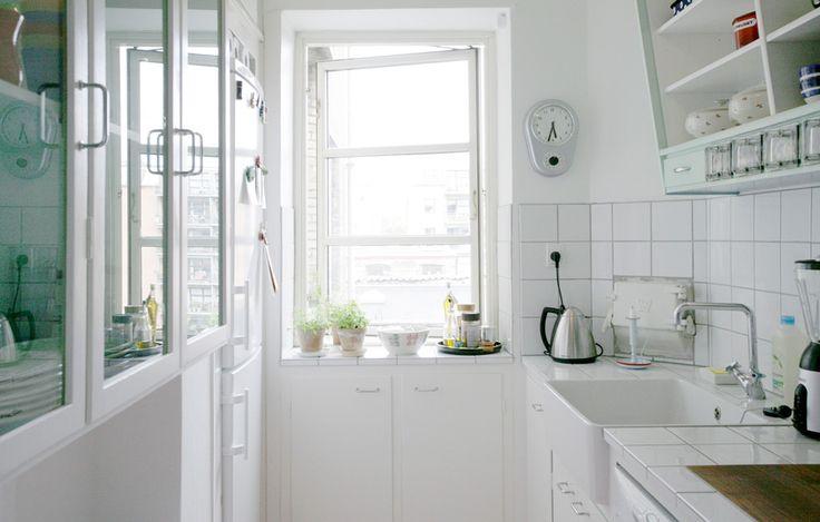Det Lille Hvide Køkken – Det Mondæne Skur | Snedkerkøkken i København