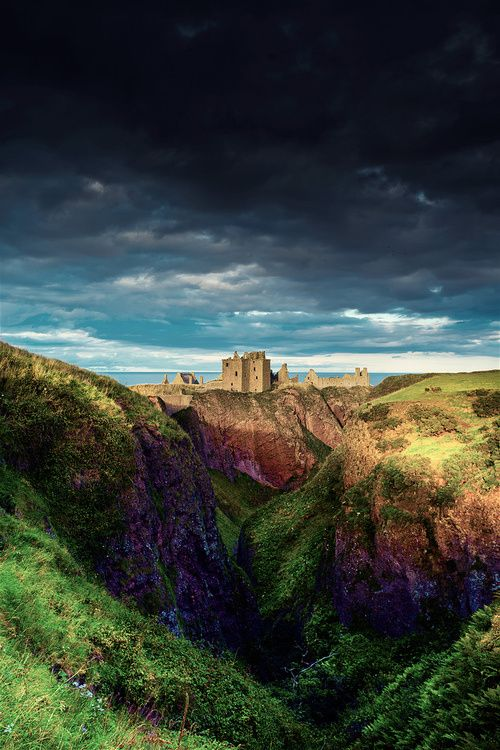 Dunnottar Castle, Stonehaven, Aberdeenshire, Scotland (Alba)