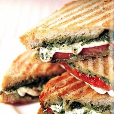Tomato, Mozzarella & Pesto Panini @keyingredient #sandwich #tomatoes #bread
