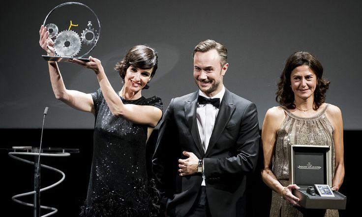 Paz Vega recibe en San Sebastián el premio Jaeger-LeCoultre al Cine Latino