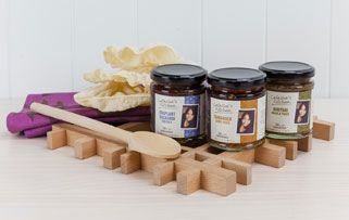 Latasha's Kitchen Authentic Indian and South East Asian Curry Pastes and Condiments www.latashaskitchen.com.au