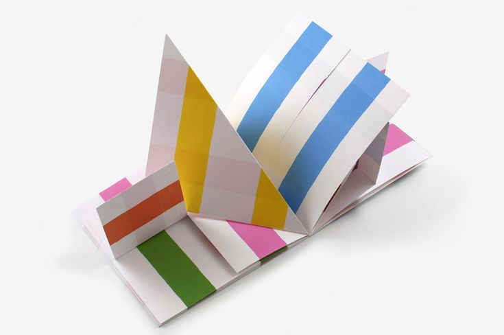 Big like for Antonio Ladrillo and his dots-lines-colors books !