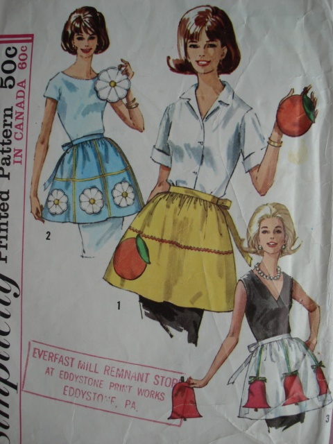 60s HALF APRONS and POTHOLDERS PATTERN SIMPLICITY 6251Pattern Simplicity, Sewing Pattern, Aprons Mama Wore, Simplicity 6251, Potholders Pattern, Aprons String, Sewing Machine, Half Aprons Mama, 60S Half