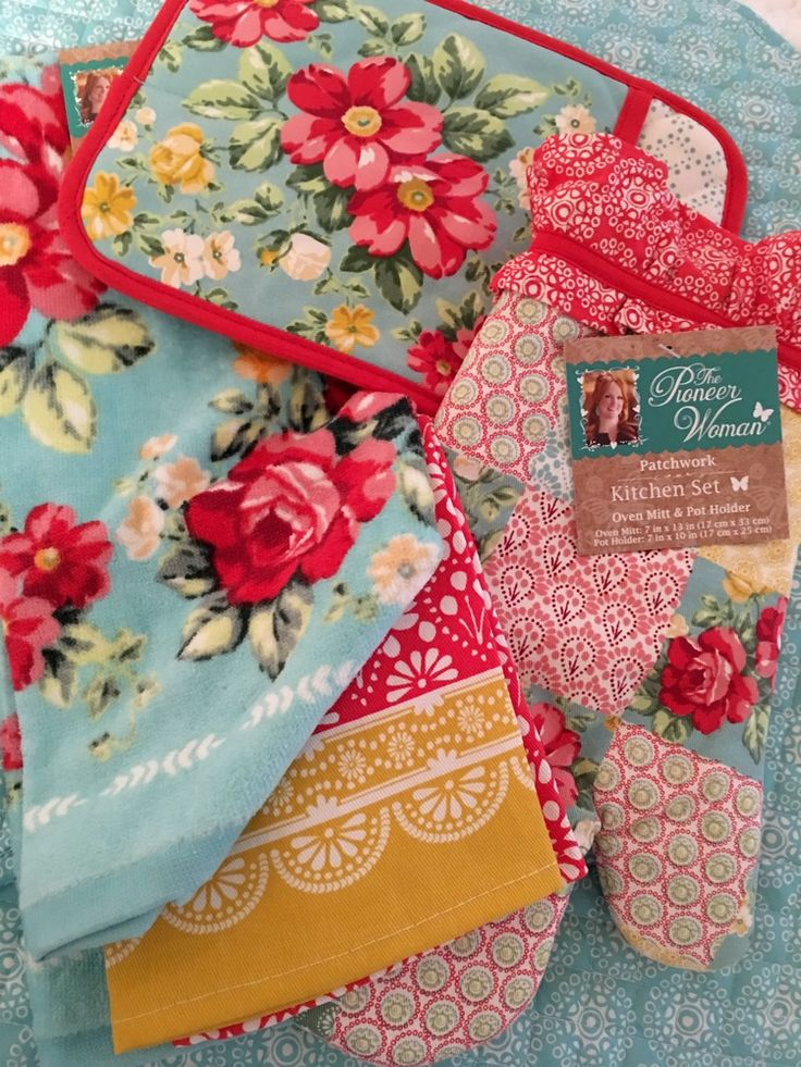 Pioneer Woman Flea Market ROSES AQUA Kitchen Towels Oven Mitt Pot Holder 4 Pc #ThePioneerWoman