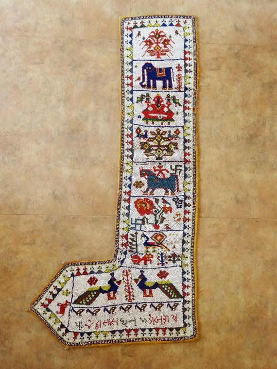 Indian Style       Indian Textiles       Beadwork       Beading       Beaded Embroidery       Shell        Needlework       Ethnic       Pearls