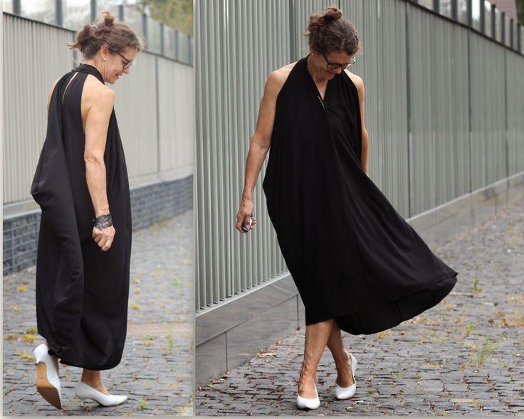 black dress white pumps