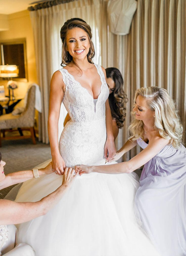 Nia Sanchez (Say Yes to the Dress) in Pnina Tornai #4372 with Convertible Tulle Skirt. Dream.