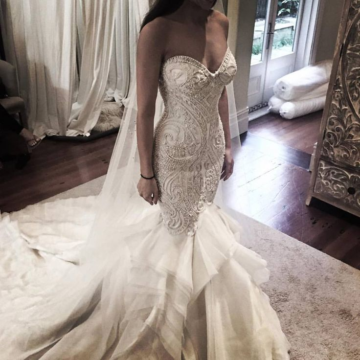 1000 images about weddings galore on pinterest modest for Leah da gloria wedding dress cost