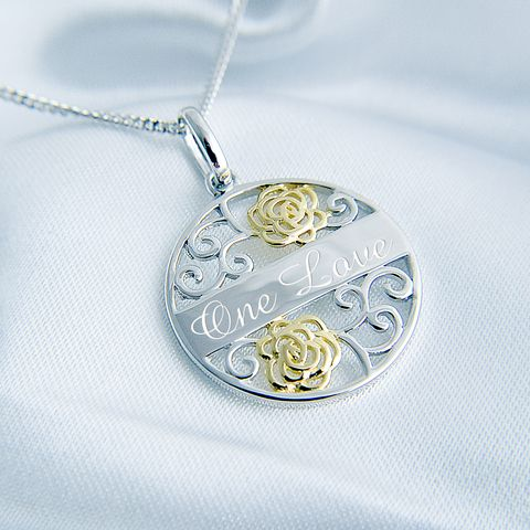 This filigree style circular message pendant in Sterling Silver would be perfect as a unique personalised gift.