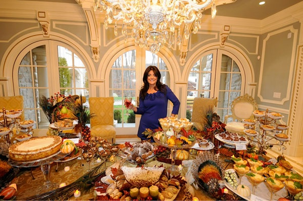: Kathy Wakile :dessert table..... beautiful