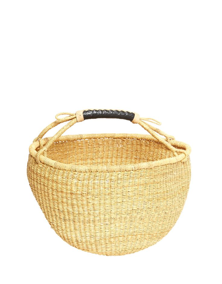 - Description - Artisan - Hang Tag This quintessential hand-woven farmers market basket is the perfect companion for your next trip to the market, grocery store or picnic excursion. This basket is the