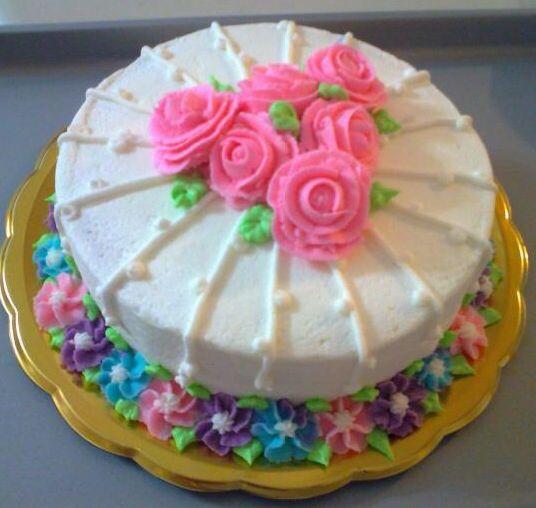pastel con muchas velas