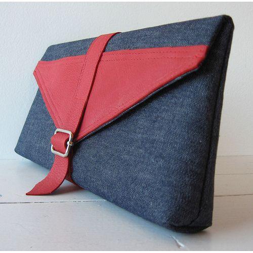 Stash Clutch w/ leather trim 21005