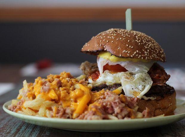 Πού θα φας τα νοστιμότερα τα burger - Έξοδος | Ladylike.gr