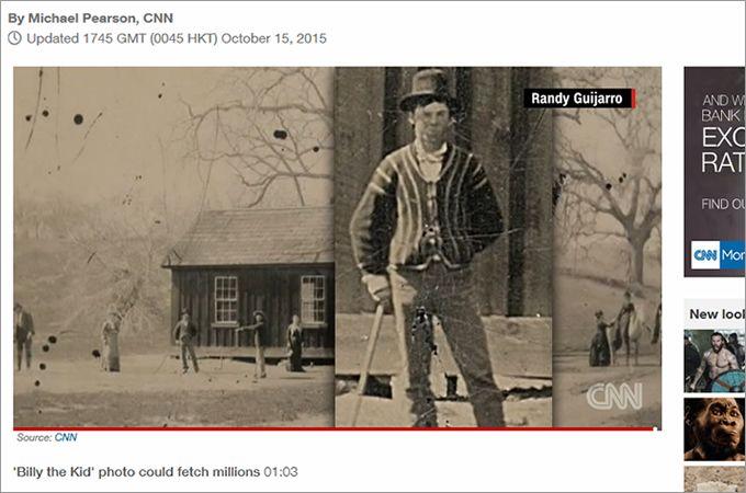 """ビリー・ザ・キッドが写る写真「CNN」より """"弱気を助け、強きを挫く""""の精神で、ヒーロー的存在となっているアメリカ・西部劇時代のアウトロー、ビリー・ザ・キッド。このたび、彼の写真が発見されたのだが、そのあまりの価値(値段)に「これが本当の掘り出し物」と、驚きの声が上がっている。  21歳という短い生…"""