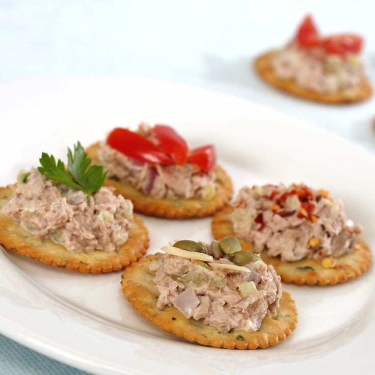 <p>Tuna salad can be made really quickly (and simply!) just combine a can of drained tuna with a touch of mayo and some chopped onions if you have them.</p><p>Serve with whole grain crackers for a boost of fiber.</p>