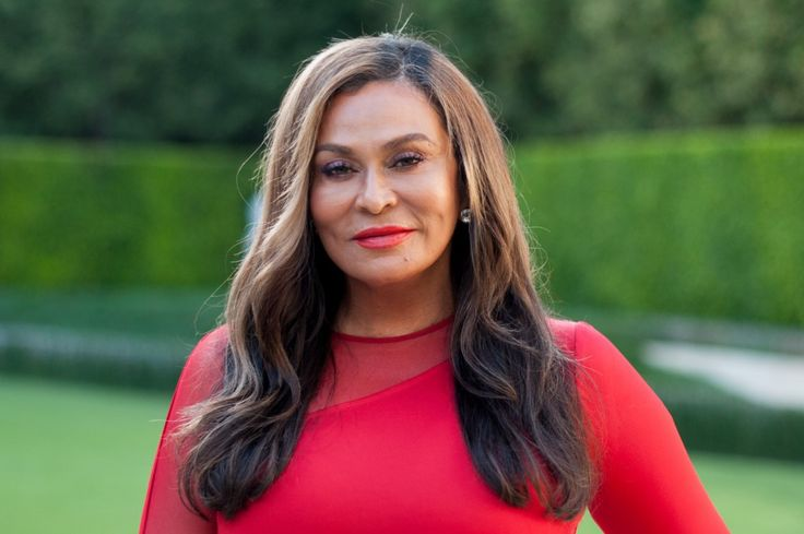 Tina Knowles Shows Off Her Dance Moves To Remind Y'all Where Bey Gets Her Stuff