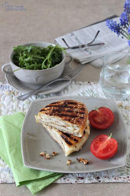 Sünis kanál: Csirkés-mozzarellás melegszendvics dióval