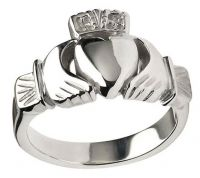 Mens Heavy Silver Claddagh Ring #Mens #Rings #Claddagh
