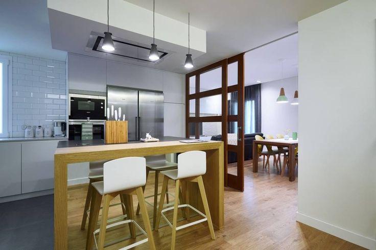 Las paredes de tu casa pueden estar simplemente bien hechas, unas paredes de ladrillos de arcilla, revestidas de madera, con acabado de friso y pintadas o