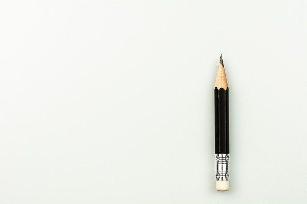 Pequeño Lápiz Usado Aislado Sobre Fondo Premium Photo Freepik Photo Fondo Negocios Escuela Madera Fondo Blanco Plumas Para Escribir Fondo