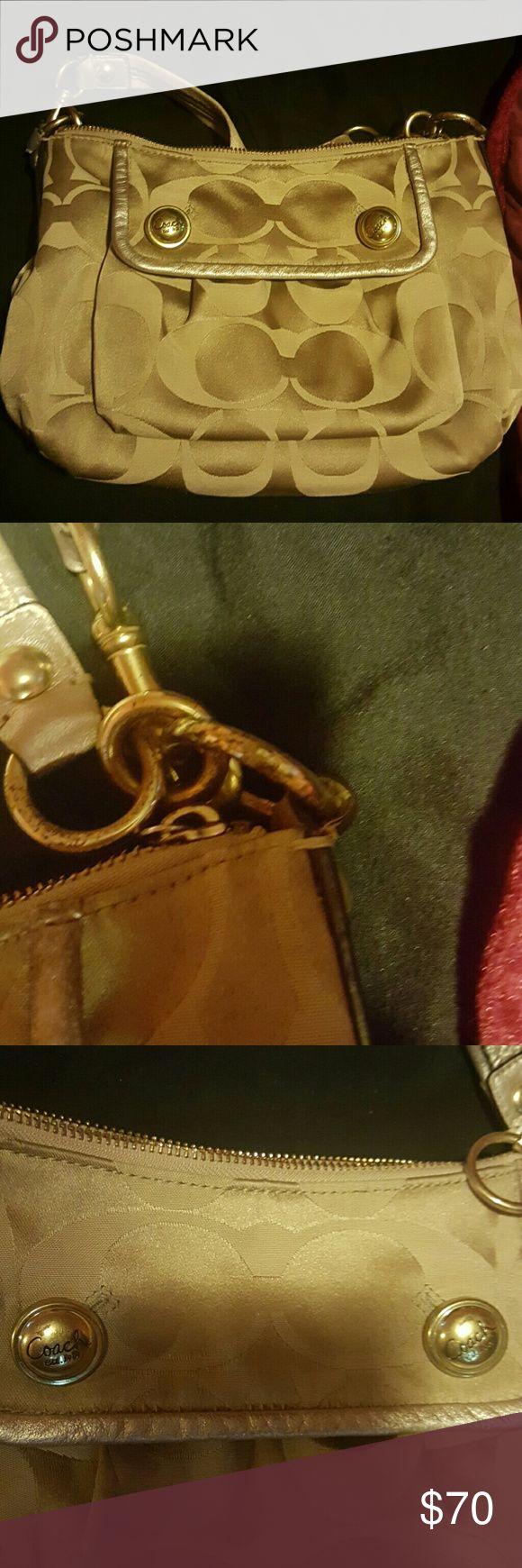 Beige coach purse Crossbody clean coach purse little wear and tear Bags Crossbody Bags