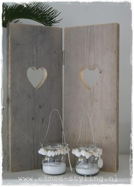 steigerhouten luikjes : Raamdecoraties : Pinterest : Tes, Too cute and ...