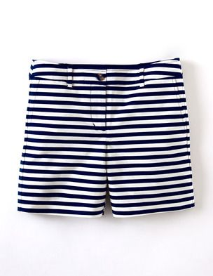 I've spotted this @BodenClothing Bistro Short Navy & Ivory Stripe