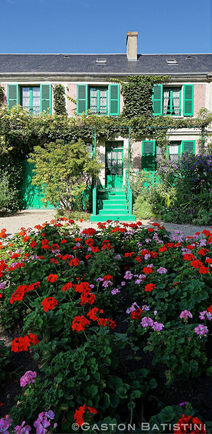 Holland park garden gallery brings in annuals from across ontario to - La Maison Et Le Jardin De Claude Monet Giverny France