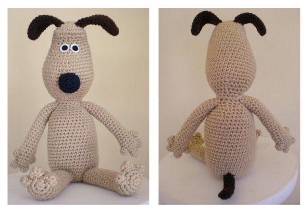 Gromit the Dog - Free  Amigurumi Pattern http://www.amiamour.com/2010/05/gromit-amigurumi-pattern/