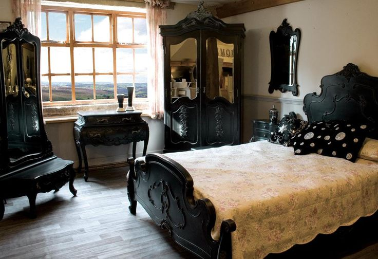 Black Shabby Chic Furniture | Noir Shabby Chic French Black Bedroom this is how I would settle for my room to look